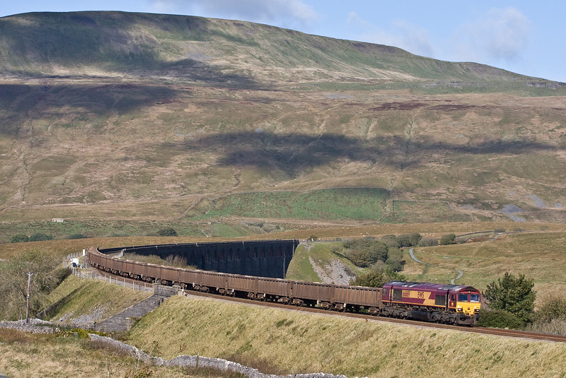 66169, 10.44 Newbiggin British Gypsum-Hull Coal Terminal, Ribblehead Viaduct, 5-10-17. Replacement loco to rescue 4-10-17 consist after 66080 developed wheel flats near Kirkby Stephen on 4-10-17