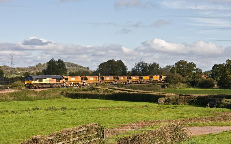 66846/66553, top'n'tail 09.16 Westbury Yard-Crediton (for possession on Tarka Line), Pugham Crossing, near Burlescombe, 8-10-17.