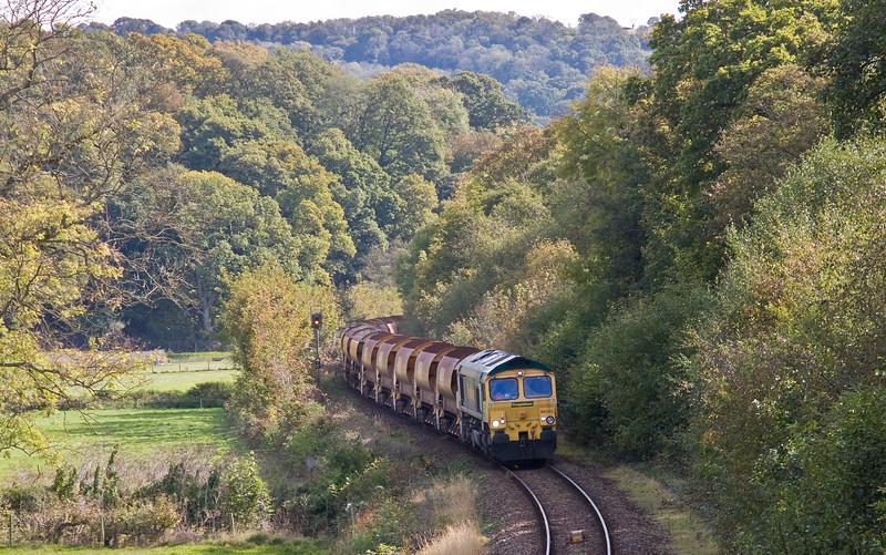 66553/66846, 09.16 Westbury Yard-Crediton (for possession on Tarka Line),  Newbridge Cross, near Newton St Cyres, 8-10-17.