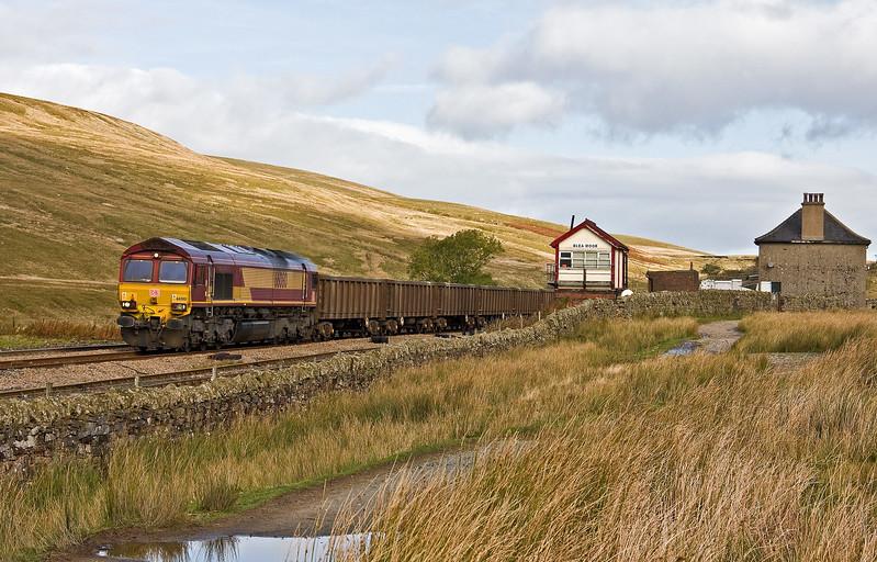 66080, 10.44 Newbiggin British Gypsum-Hull Coal Terminal, Blea Moor, 3-10-17.