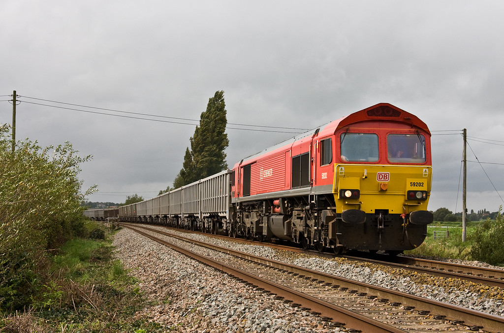 59202, 13.44 Exeter Riverside Yard-Whatley Quarry, Oath, near Langport, 5-9-17.