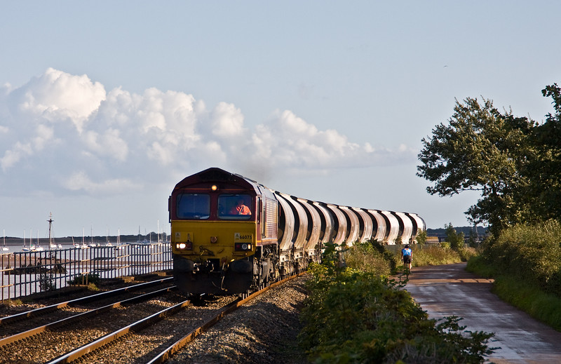 66075, 15.06 St Bazey-Exeter Riverside Yard, Powderham, near Starcross, 14-7-19.