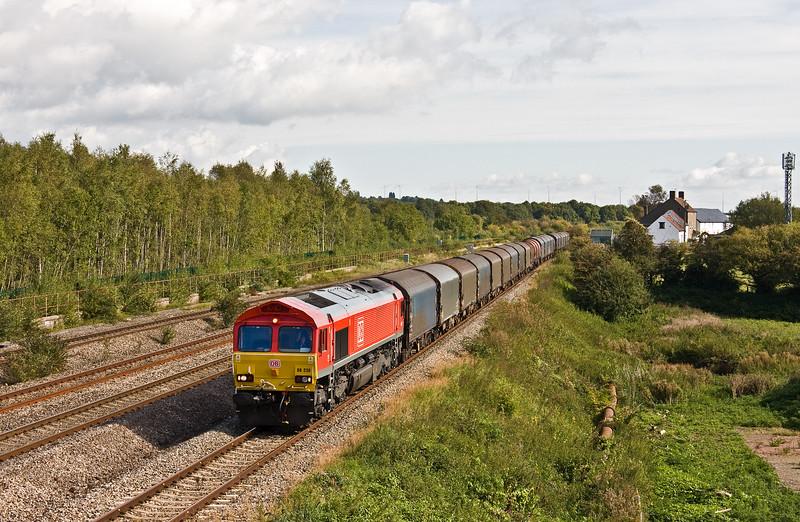 66230, 09.15 Round Oak-Margam, Undy, near Severn Tunnel Junction, 19-9-17.
