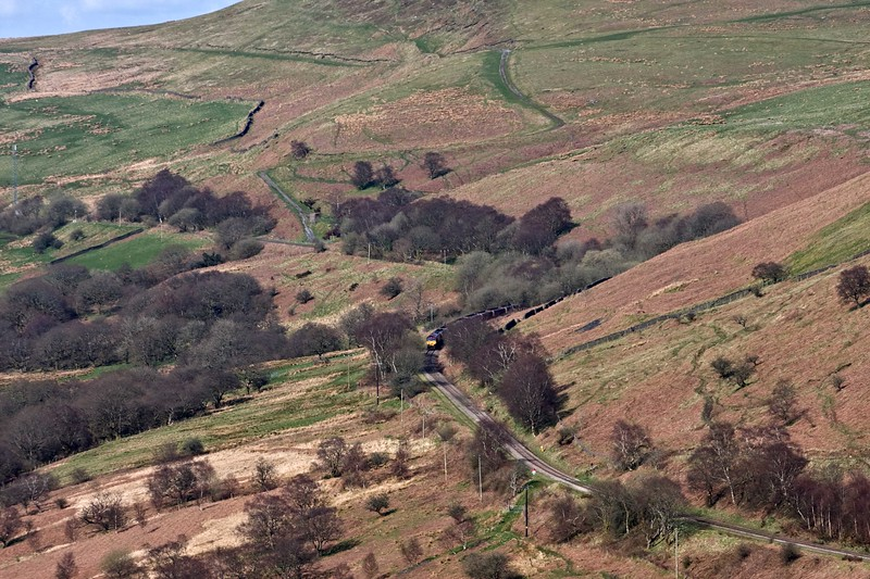 66105, 15.57 Cwmbargoed Opencast Colliery-Scunthorpe BSC, via Margam, between Cwmbargoed and Bedlinog, 18-4-18. From Merthyr Moor.