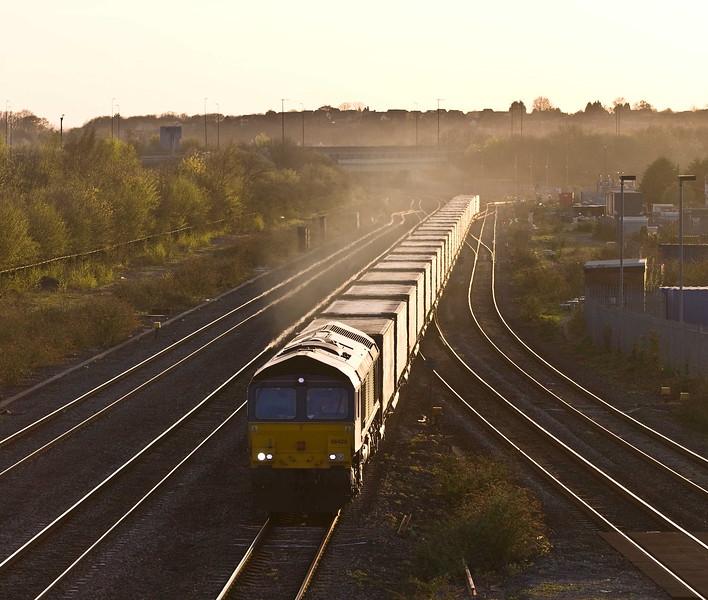 66425, 18.58 Cardiff Wentloog-Daventry RFT, Severn Tunnel Junction, 18-4.18.