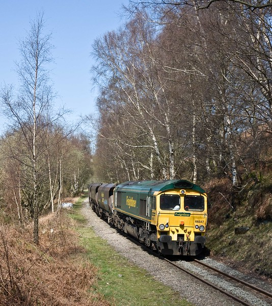66547, 10.39 Cwmbargoed Opencast Colliery-Port Talbot Grange Sidings, near Bedlinog, 18-4-18. Early,