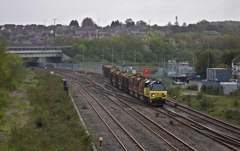 70817, diverted 17.20 Baglan Bay-Chirk Kronospan, Severn Tunnel Junction, 26-4-18.