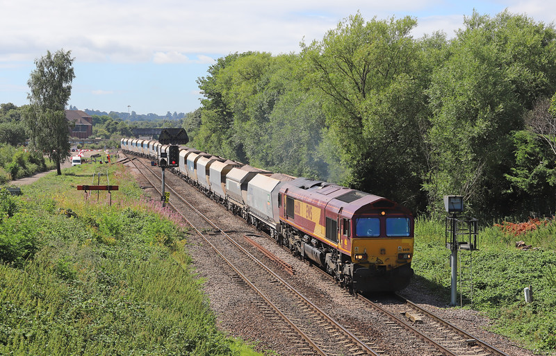 66011, 11.26 Whatley Quarry-West Drayton ARC, Hawkeridge Junction, Westbury, 2-8-16. 8 early.