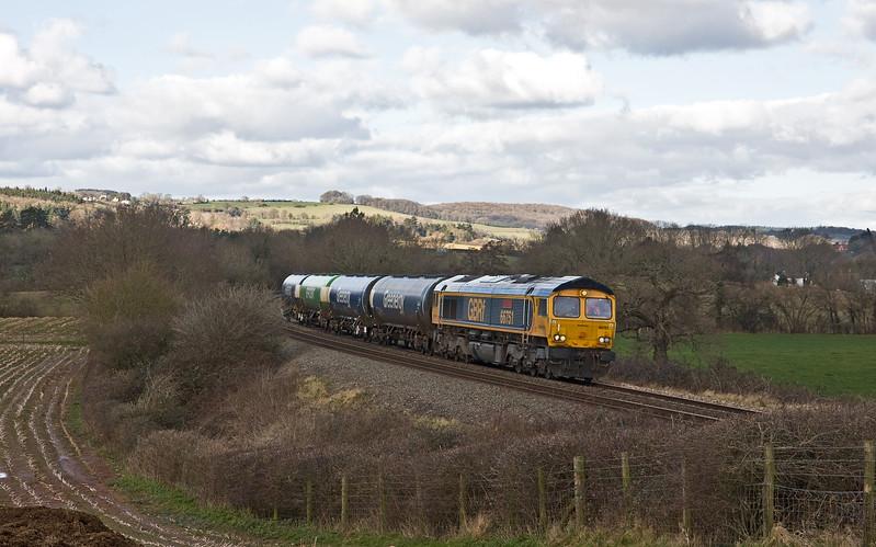66751, 11.09 Long Marston-Cardiff Docks Greenenergy, Box Farm, Awre, near Newnham, Gloucestershire, 2-2-18.