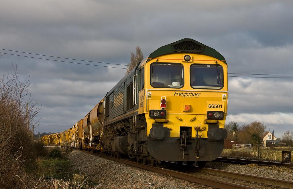 66416/66501, top'n'tail 07.00 Kennet Bridge Junction (Reading)-Taunton Fairwater Yard, Oath, near Langport, 7-1-18.