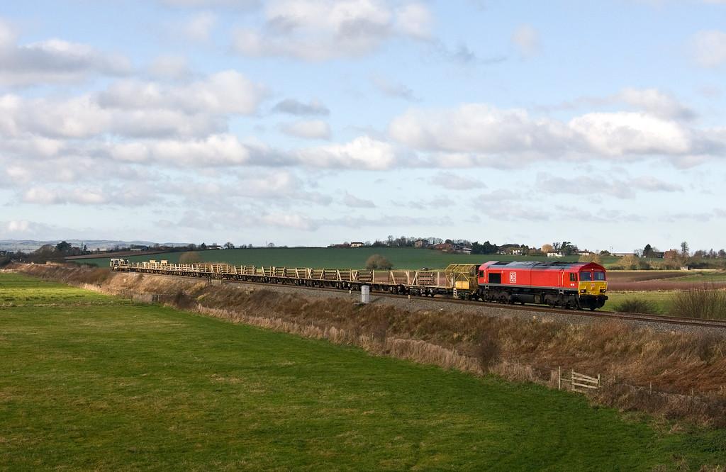 66192, 08.20 Pilning-Westbury Yard, via Taunton Fairwater Yard, Oath, near Langport, 7-1-18.