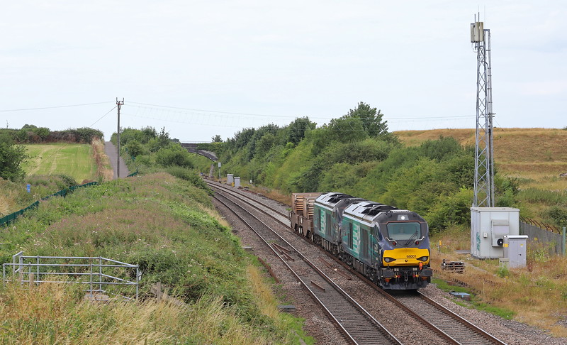 68001/68016, 11.58 Bridgwater-Crewe Coal Sidings, Flax Bourton, near Bristol, 17-7-18.