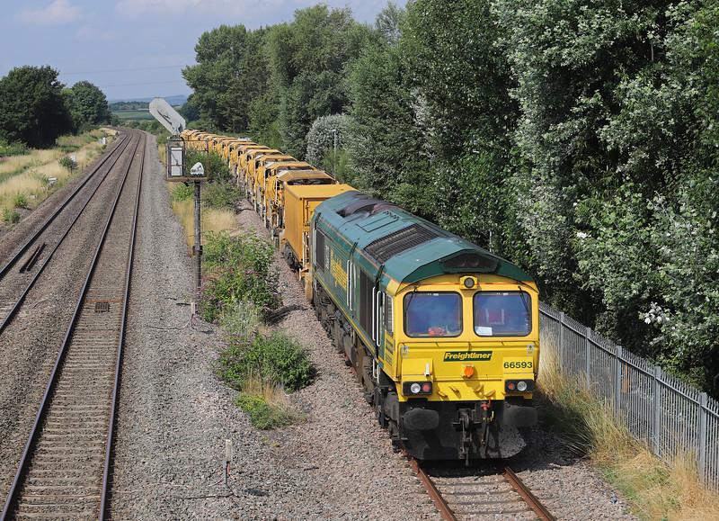 66544/66593, top'n'tail 10.25 Taunton Fairwater Yard-Bishops Lydeard, Norton Fitzwarren, near Taunton, 13-7-18.