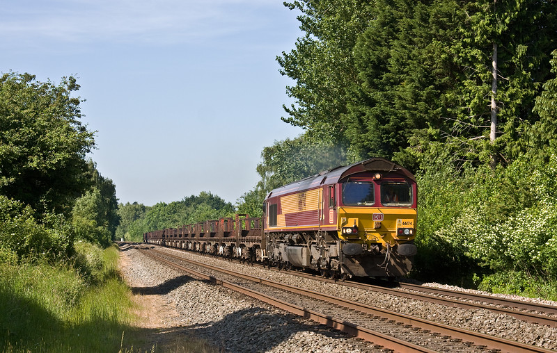 66174, 10.22 Corby-Margam, Bullo Pill, near Newnham-on-Severn, 6-6-18. 1hr late.