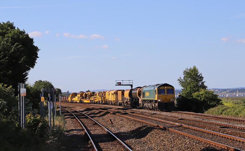 66616/66512, 18.21 Taunton Fairwater Yard-Aish Emergency Crossover, near Ivybridge, Dawlish Warren, 21-6-18. 41min early.