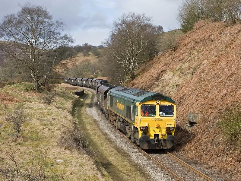 66501, 10.39 Cwmbargoed Opencast Colliery-Port Talbot Grange Sidings, Bedlinog, 23-3-18.