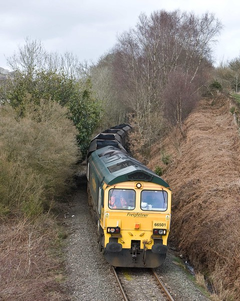66501, 10.39 Cwmbargoed Opencast Colliery-Port Talbot Grange Sidings, Trelewis, near Nelson, 23-3-18.