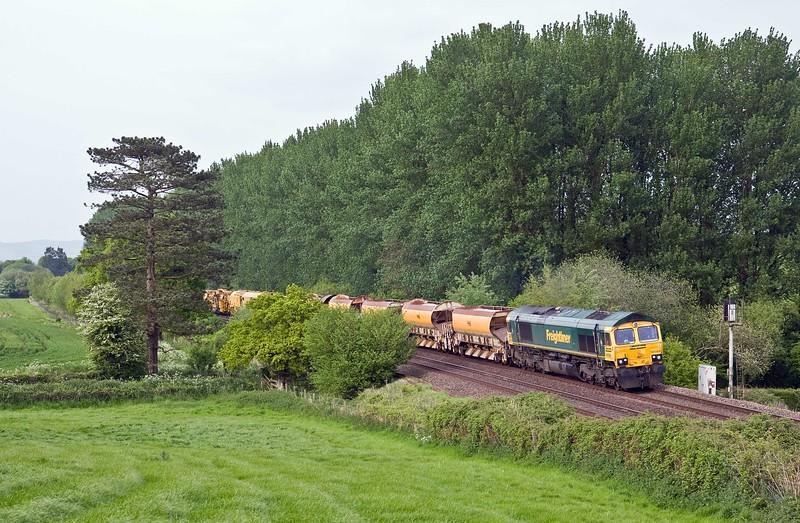 66568/66550, top and tail 18.32 Taunton Fairwater Yard-Plymouth Signal 132, Beambridge, near Wellington, 16-5-18.