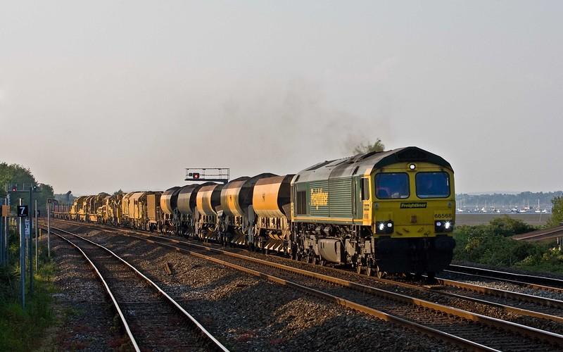 66568/66531, 18.32 Taunton Fairwater Yard-Plymouth Signal 132, Dawlish Warren, 22-5-18.