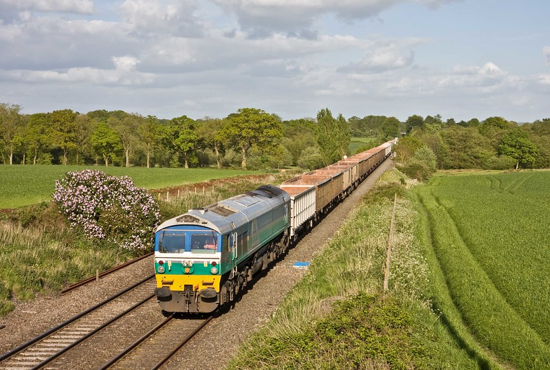 59001, 15.24 Acton Yard-Whatley Quarry, slowing to enter Woodborough down loop, near Pewsey, 10-5-18.