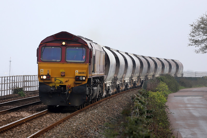 66083, 15.06 St Blazey-Exeter Riverside Yard, Powderham, near Starcross, 17-4-19.