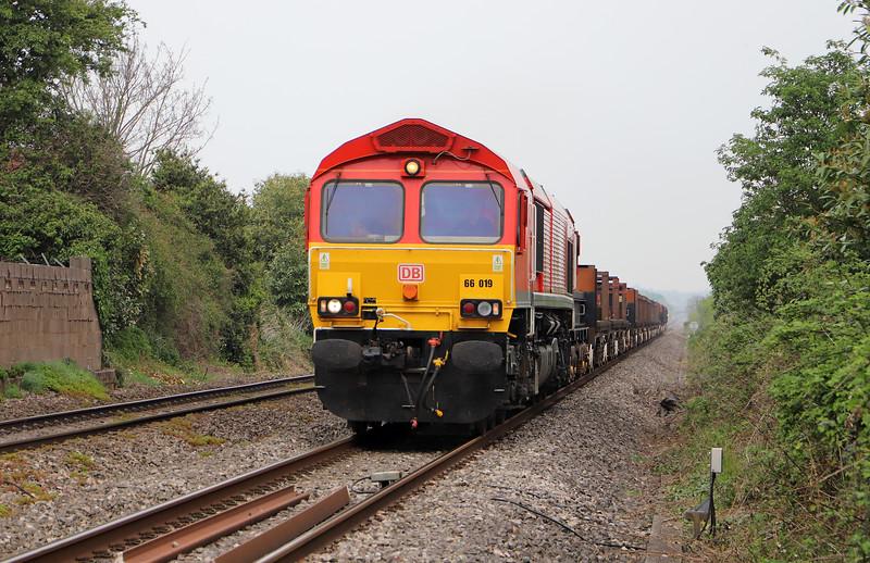 66019, 10.22 Corby-Margam, Woolaston, near Lydney, 23-4-19.