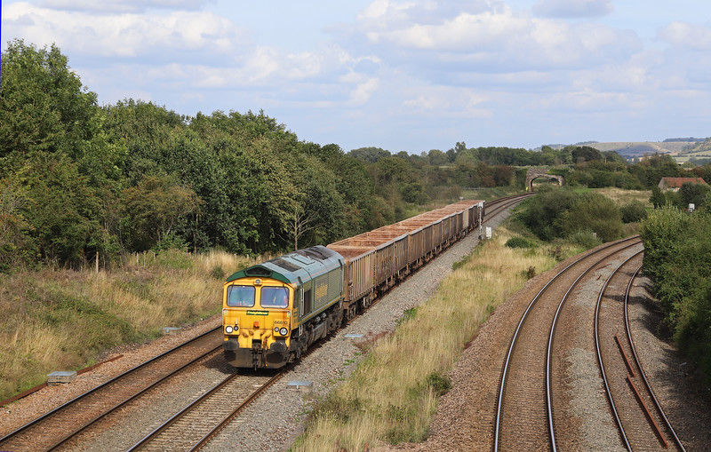 66610, 12.41 Chichester-Merehead Quarry, Fairwood Junction, near Westbury, 21-8-19. First Freightliner working of this train.