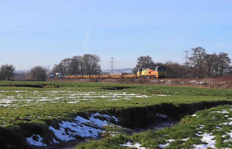 70811, 10.07 Exeter Cowley Bridge Junction-Oxford Hinksey Sidings, via Exeter St David's, Pugham Crossing, near Burlescombe, 3-2-19.