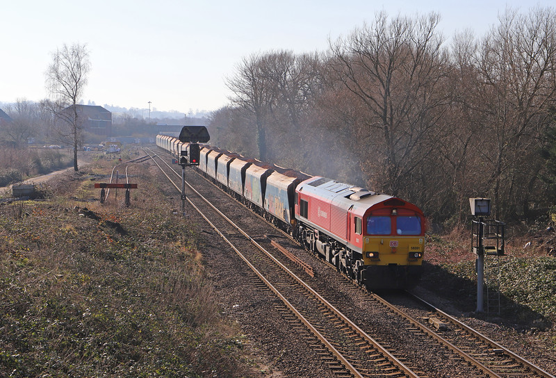 59201, 11.17 Merehead Quarry-Wootton Bassett, Hawkeridge Junction, Westbury, 14-2 -19.