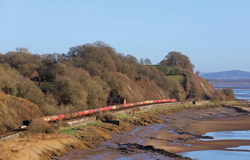 60063, 05.00 Robeston-Westerleigh, passing Gatcombe, near Lydney, 17-1-19.
