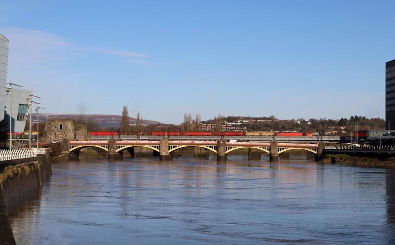 60010, 05.00 Robeston-Westerleigh, Usk Bridge, Newport, 23-1-19.