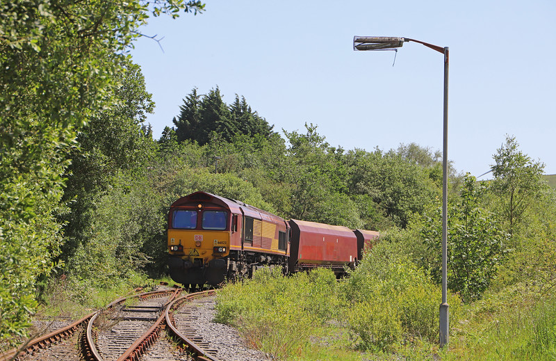 66023, 13.55 Gwaun-cae-Gurwen opencast colliery-Immingham, waiting to depart at GcG, 27-6-19.