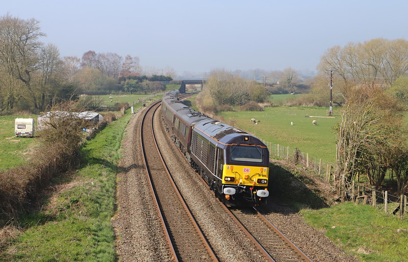 67005/67006, 09.25 Taunton Fairwater Yard-Castle Cary-Wolverton, Royal train ecs, Little Cheverell, near Westbury, 28-3-19. Queen visiting Somerset and alighted at Castle Cary.