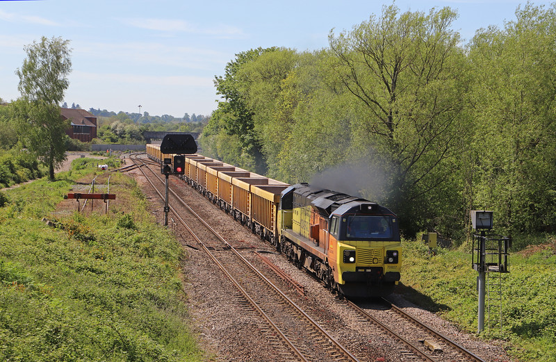 70807, 11.56 Westbury Yard-Cliffe Hill Stud Farm, Hawkeridge Junction, Westbury, 14-5-19.