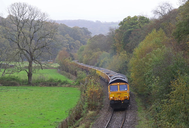 66781/66757, 09.21 Westbury-Crediton, via Bristol Temple Meads, Newbridge Cross, near Exeter, 2-11-19.