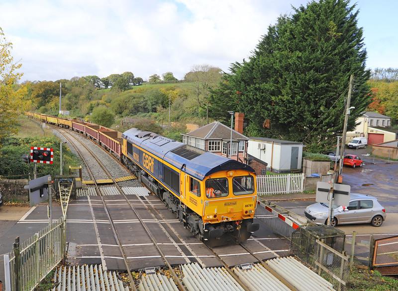66781, 11.50 Crediton-Westbury, Crediton Station, 3-11-19. 30min late.