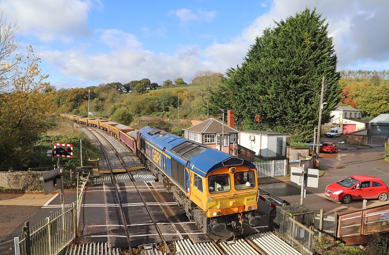 66757, 11.04 Crediton-Westbury, Crediton Station, 3-11-19. 14min late.