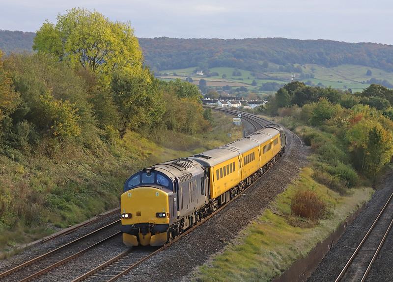 37612/37057, 06.50 Derby Railway Technical Centre -Swansea, Standish Junction, near Stroud, 22-10-19.