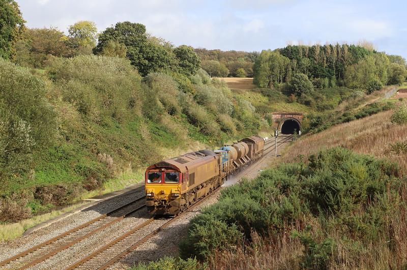 66160/66168,  08.50 Westbury-St Blazey, via Salisbury, Whiteball, 18-10-19.