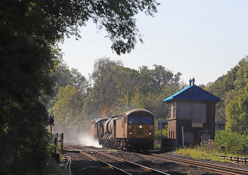 56094/56078, 11.08 Cheltenham Lansdown Loop-Gloucester Horton Road, via Severn Tunnel Junction, Awre Level Crossing, Gloucestershire, 22-10-19.