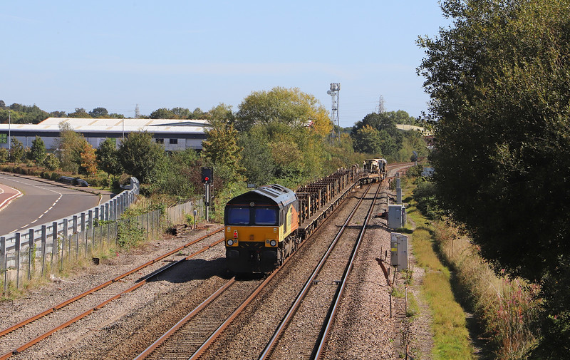 66849/66850, 09.00 St Blazey-Westbury Yard, Norton Fitzwarren, near Taunton, 13-9-19. 3hr 30min early. On way to Taunton Fairwater Yard to await right time.