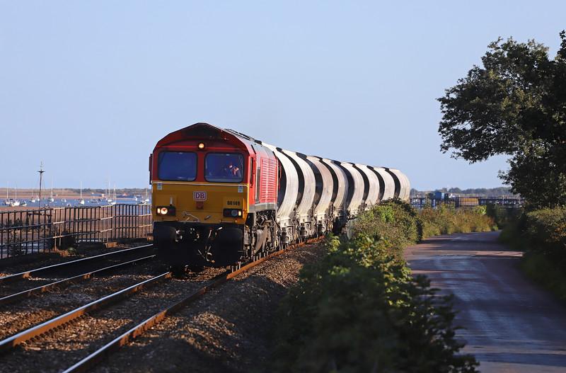 66149,  15.21 St Blazey-Exeter Riverside Yard, Powderham, near Exeter, 19-9-19.