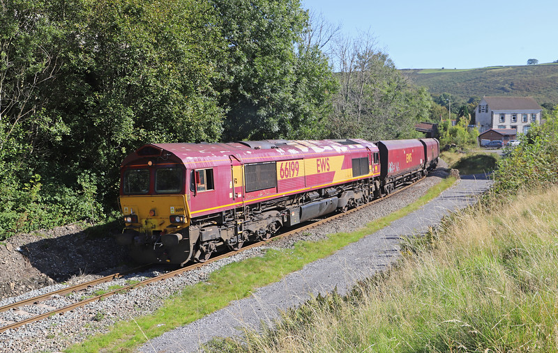 66199, 00.22 Hope (Earles Sidings-Cwmbargoed Opencast Colliery, via Barry, Margam Yard and the South Wales Main Line, Bedlinog, 20-9-19. Late.