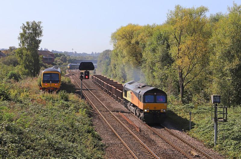 66847, 11.56 Westbury Yard-Cliffe Hill Stud Farm, Hawkeridge Junction, Westbury, 18-9-19. 165132, stabled.