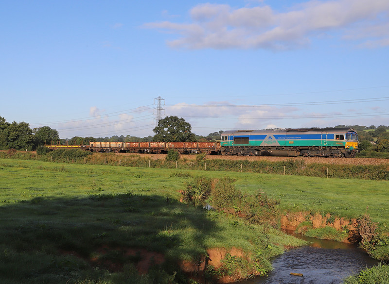 66711, 07.40 Exmouth Junction (Exeter)-Westbury, Pugham Crossing, near Burlescombe, 1-9-19.