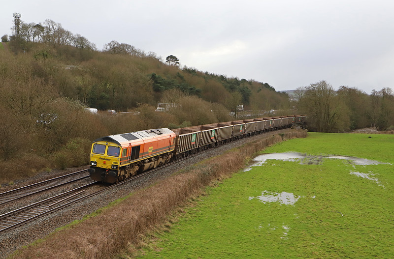 66623, 15.42 Exeter Riverside Yard-Whatley Quarry, Cullompton, 17-2-20. Class 59 No 59204 hauled the train to Exeter in top'n'tail mode with 66623.