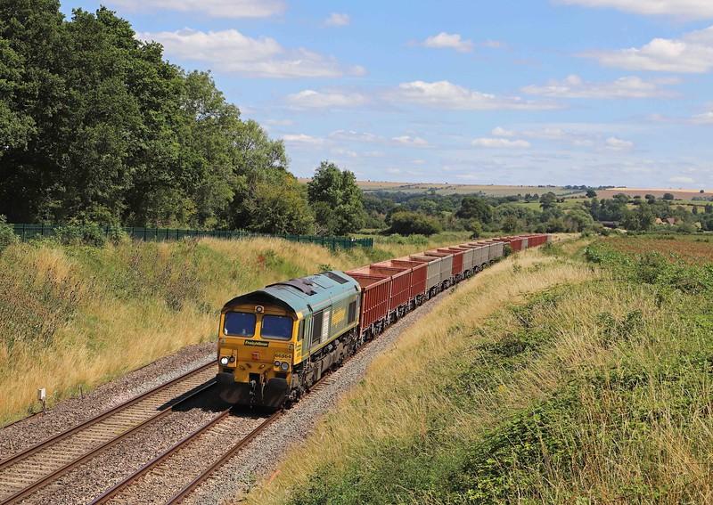 66564, 11.45 Oxford Banbury Road Sidings-Whatley Quarry, Witchcombe Farm, Great Cheverell, near Westbury, 20-7-20.