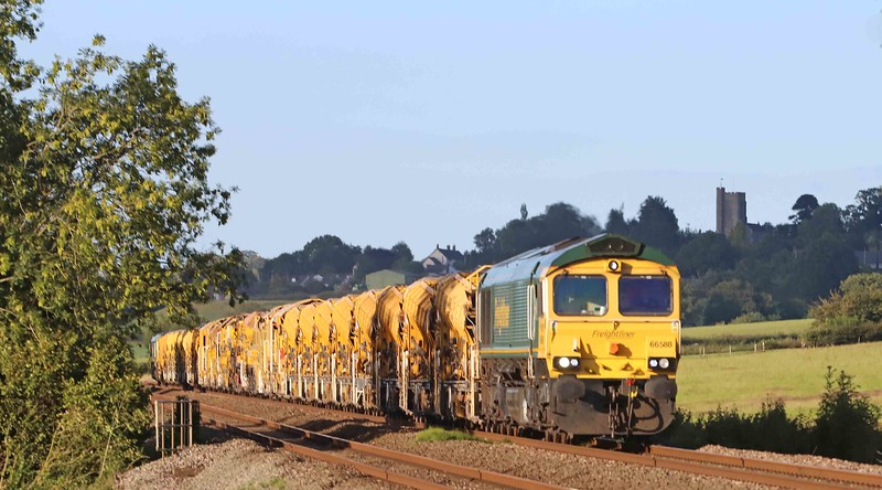 66588/66953, top-and-tail 19.00 Taunton Fairwater Yard-Dainton Tunnel, Pugham Crossing, near Burlescombe, 28-7-20.