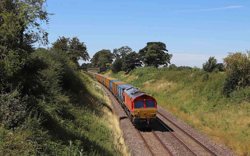 66090/66150, top-and-tail 09.33 Northolt-Severnside Sita, Great Cheverell (Wilts), 30-7-20.