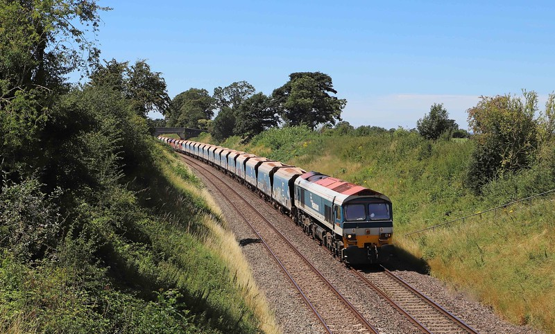 59101, 11.39 Merehead Quarry-Theale, Great Cheverell (Wilts), 30-7-20. Load x 40.